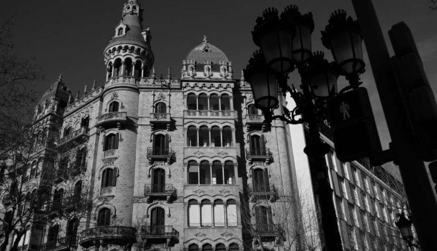 time travel, gaudi games, barcelona games, barcelona fun and games