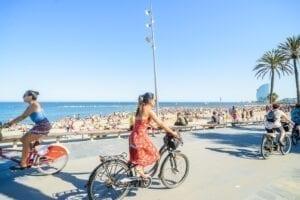 Barceloneta beach & neighbourhood